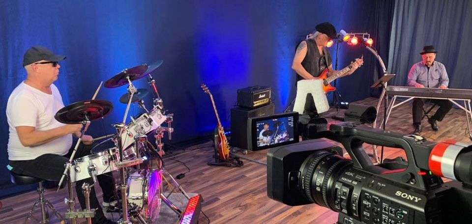 Na żywo, ale online... relacja ze studia Pepe TV w Essen